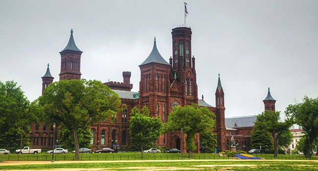 Washington, DC The Smithsonian Institution