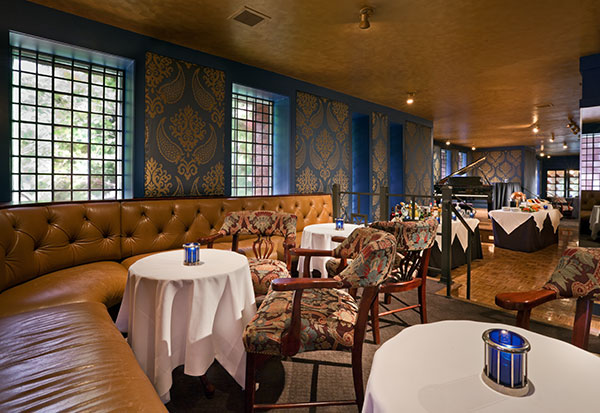 Blue Bar Lounge of The Henley Park Hotel